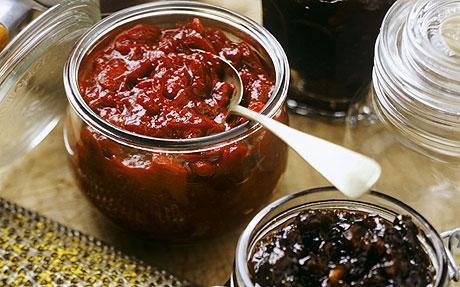 Dattel-Tomaten-Chutney